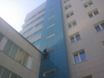 Высотная мойка окон и фасадов